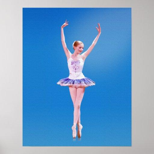 Bailarina en punto en azul y púrpura impresiones