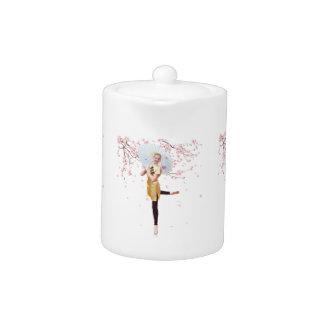 Bailarina en tetera de las flores de cerezo