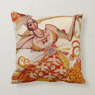 Bailarina exótica de Firebird de Russes del ballet Cojín Decorativo