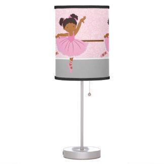 Bailarina linda lámpara de mesilla de noche