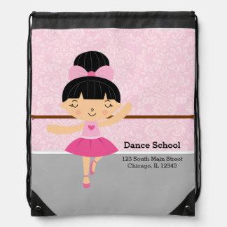 Bailarina linda mochilas