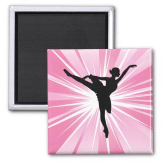 Bailarina rosada de la estrella imán cuadrado