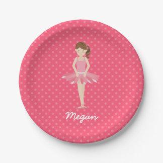 Bailarina triguena en los lunares rosados 2 plato de papel de 7 pulgadas