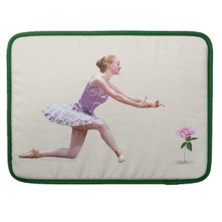 Bailarina y color de rosa rosado fundas macbook pro