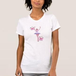 Bailarina y flor rosada del hibisco playera