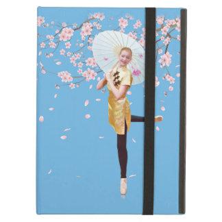 Bailarina y flores de cerezo
