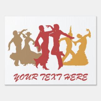 Bailarines coloridos del flamenco carteles