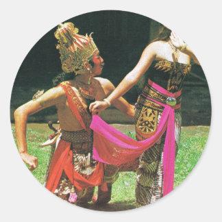 Bailarines de Ramayana, bailarines tradicionales Pegatina Redonda