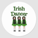 Bailarines del irlandés del Semi-Gótico Etiqueta Redonda