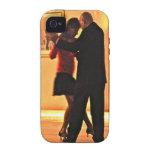 Bailarines del tango II iPhone 4 Carcasas