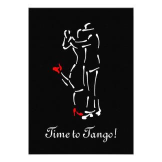 Bailarines del tango zapatos rojos con el texto