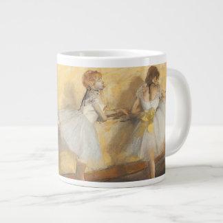 Bailarines en la barra de Edgar Degas, ballet del Taza De Café Grande