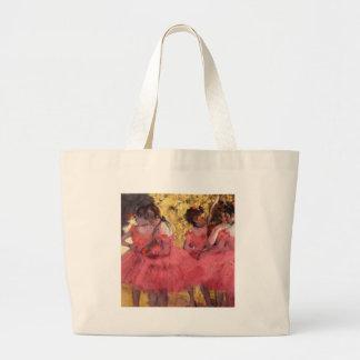 Bailarines en rosa bolsas