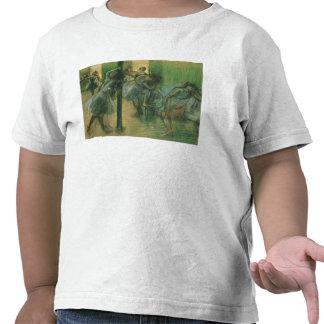 Bailarines que ensayan (pastel) camiseta
