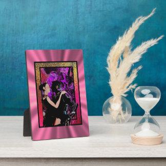 Bailarines románticos del estilo del art déco placa para mostrar