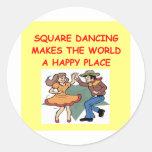 baile cuadrado etiqueta