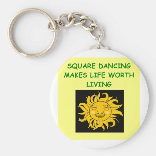 baile cuadrado llaveros personalizados