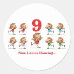 baile de 12 señoras de los días nueve etiquetas redondas