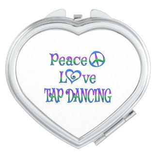 Baile de golpecito del amor de la paz espejo de viaje