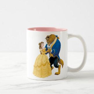 Baile de la belleza y de la bestia taza de café de dos colores