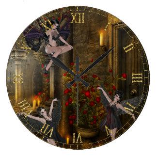 Baile de la fantasía en el reloj de pared del balc