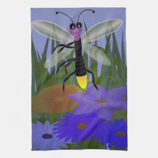 Baile de la luciérnaga en las flores toallas