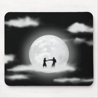 ¡Baile de la luna Tapetes De Ratón