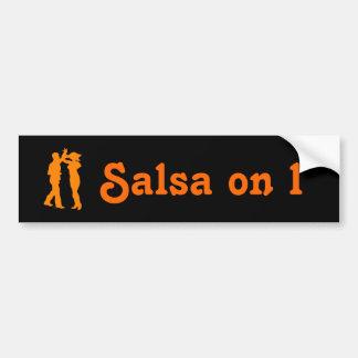 Baile de la salsa en una pegatina para el parachoq pegatina para auto