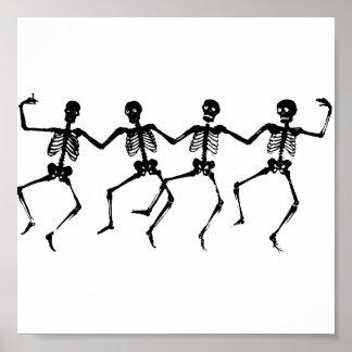 Baile de los esqueletos de Halloween Póster