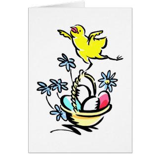 baile del polluelo en la cesta de pascua tarjeta pequeña