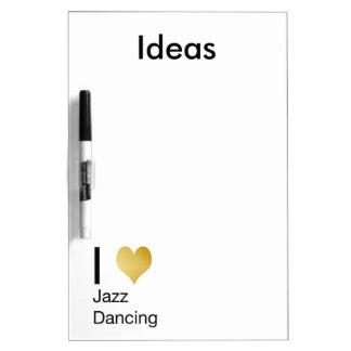 Baile juguetónamente elegante del jazz del corazón pizarra blanca