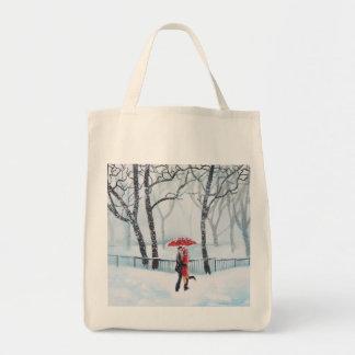 Baile romántico de los pares en el paraguas del bolsa tela para la compra