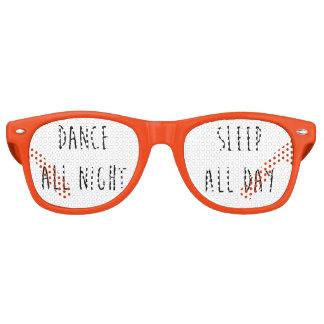 Baile toda la noche, sueño todo el día lentes de sol