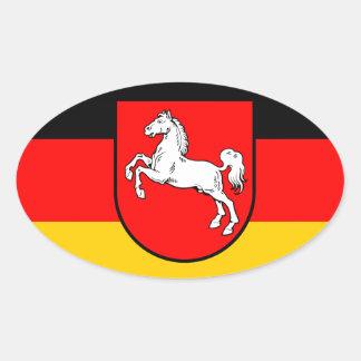 Baja Sajonia bandera con escudos de armas Pegatina Ovalada