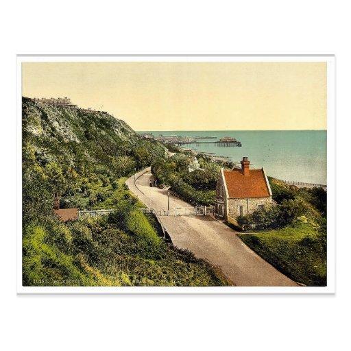 Baje el camino de Sandgate, magnifice de Folkeston Tarjeta Postal