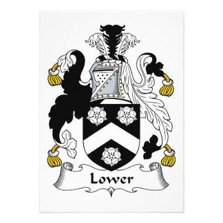 Baje el escudo de la familia invitaciones personalizada
