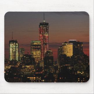 Baje el horizonte de NYC World Trade Center en ro Alfombrillas De Ratón