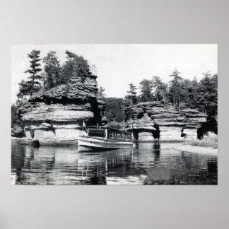 Baje la isla rocosa de Wisconsin de los Dells Poster