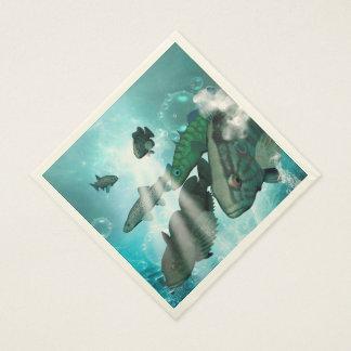Bajío de los pescados con las burbujas servilletas desechables