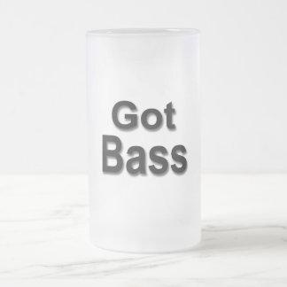 Bajo conseguido taza de cristal