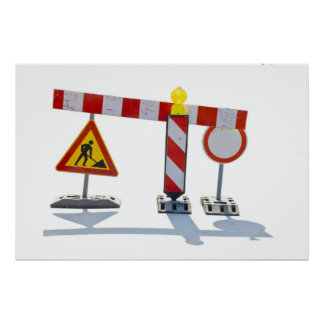 bajo construcción posters