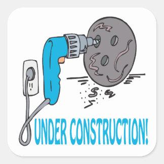 Bajo construcción colcomanias cuadradases
