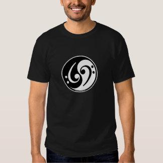bajo de yin-Yang Camisas
