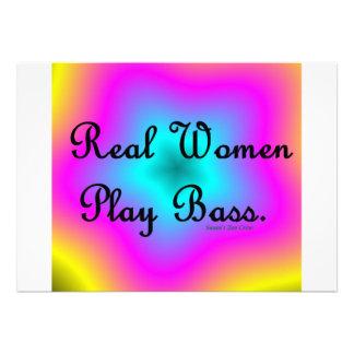 Bajo del juego de las mujeres reales invitacion personalizada