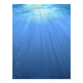"""Bajo la superficie del mar folleto 8.5"""" x 11"""""""
