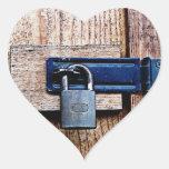 Bajo llave y candado pegatina en forma de corazón