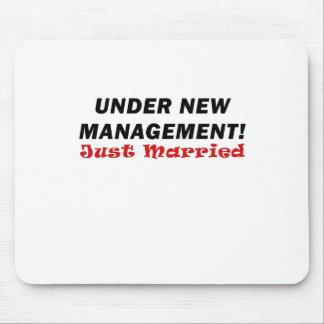 Bajo nueva gestión apenas casada mouse pads