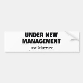 Bajo nueva gestión. Apenas casado Pegatina Para Auto