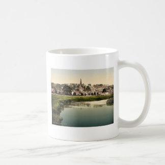 Bakewell, del río, Derbyshire, Inglaterra Pho raro Taza Básica Blanca