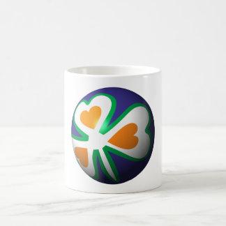Bala de árbol de navidad Irlanda país tree bauble  Tazas De Café